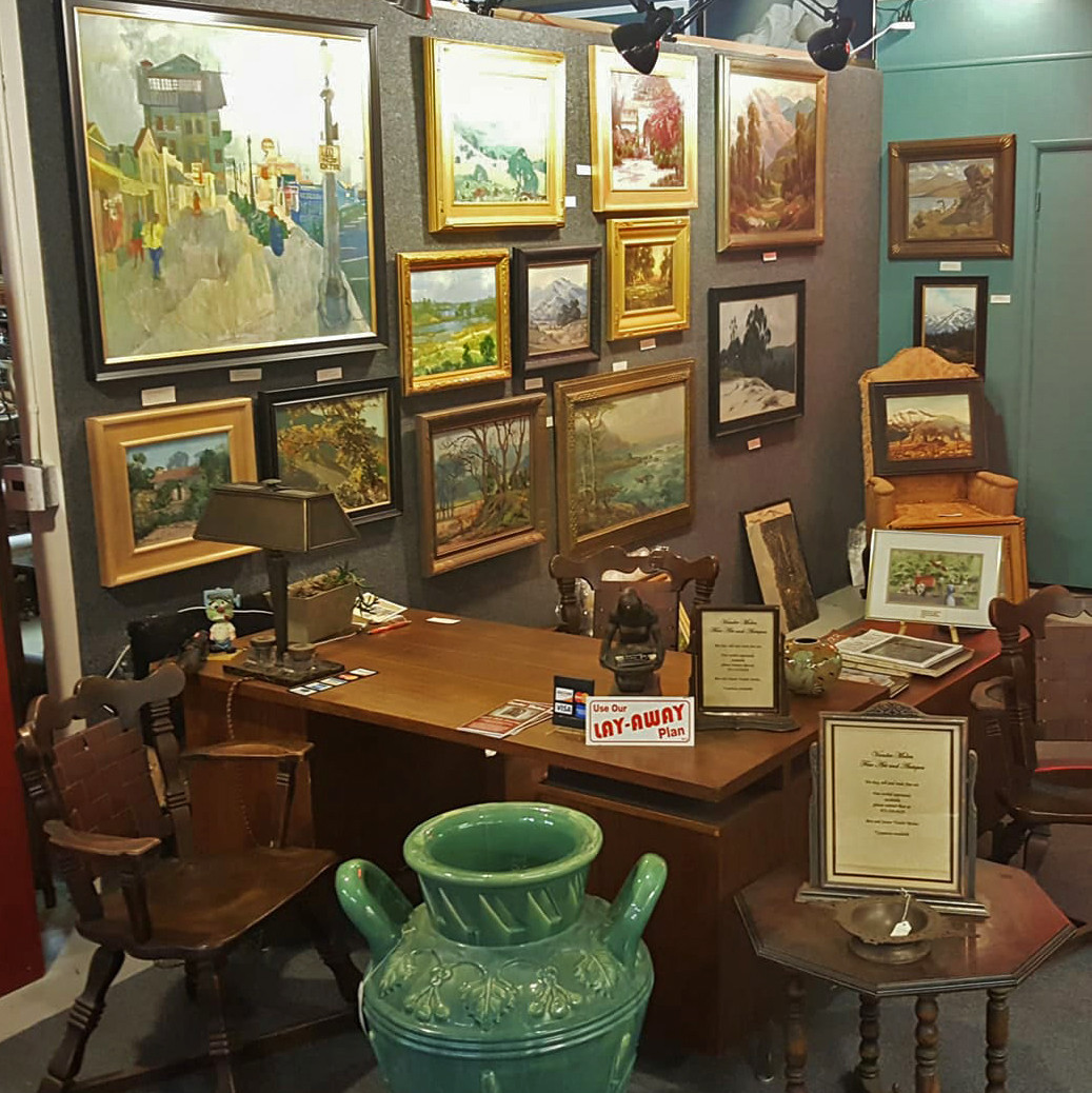 We Are Located On The Second Floor Of The Pasadena Antique And Design  Center.
